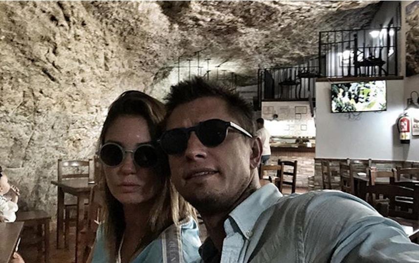Агата Муцениеце и Павел Прилучный. Фото скриншот: instagram.com/agataagata/