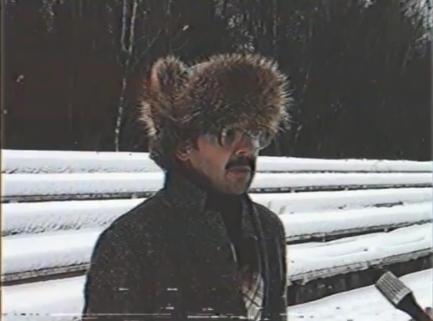 """Один из самых популярных образов Лапенко, инженер НИИ даёт интервью. Фото Скриншот из видео на Youtube, """"Metro"""""""
