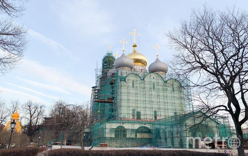 """Новодевичий монастырь во время реставрации. Фото агентство """"Москва"""""""