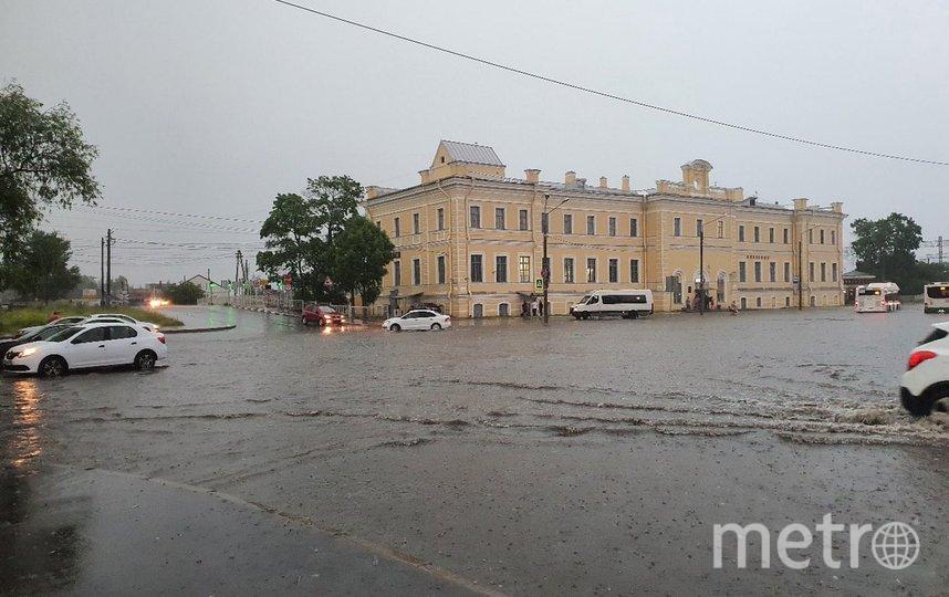 Это Ломоносов. Фото ДТП/ЧП, vk.com