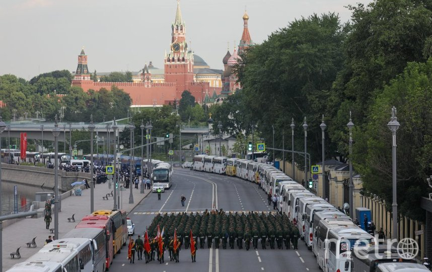 "Парад пришлось перенести на 24 июня из-за пандемии коронавируса. Фото агентство ""Москва"""