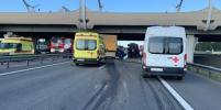Жесткое ДТП с погибшими и пострадавшими заблокировало КАД: фото