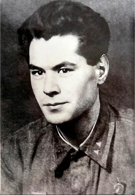 Р.Б. Лесин-Лурье. 1941-1942 годы. Фото mos.ru
