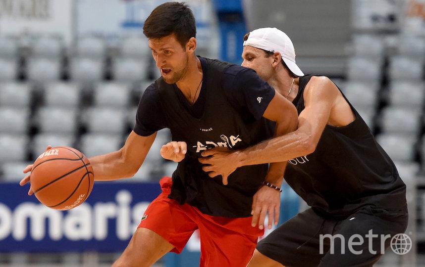 Джокович и Димитров вместе играли не только в теннис, но и баскетбол, а также ходили в клуб. Фото AFP