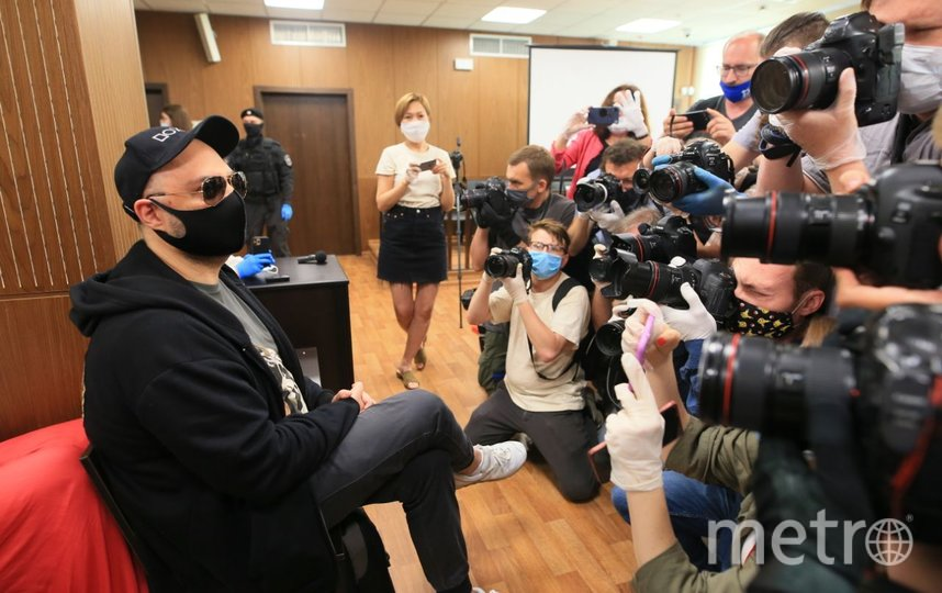 Кирилл Серебренников в зале суда. Фото Василий Кузьмичёнок