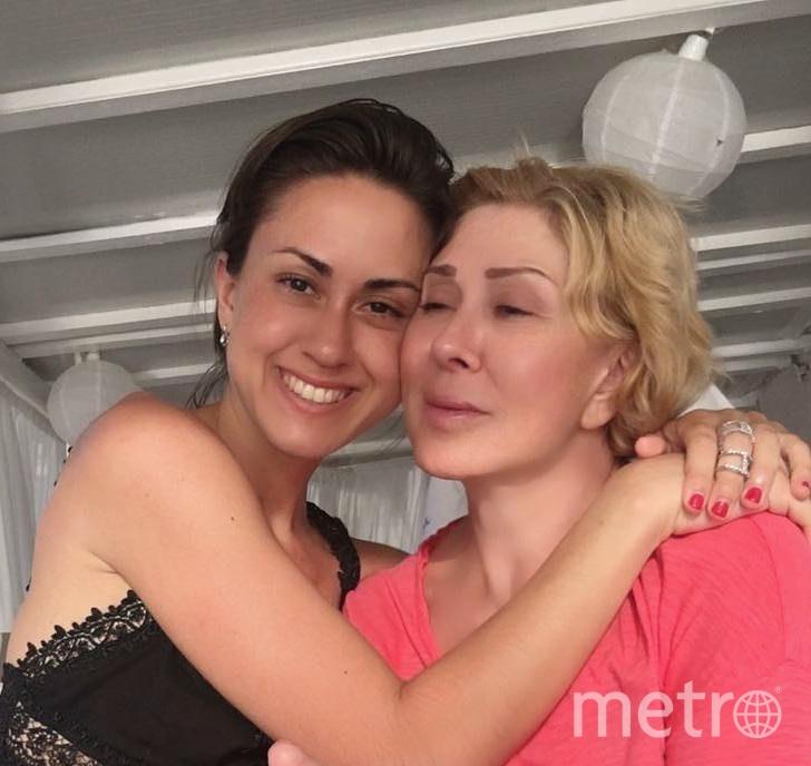Татьяна Плаксина и Любовь Успенская. Фото instagram.com/uspenskayalubov_official.