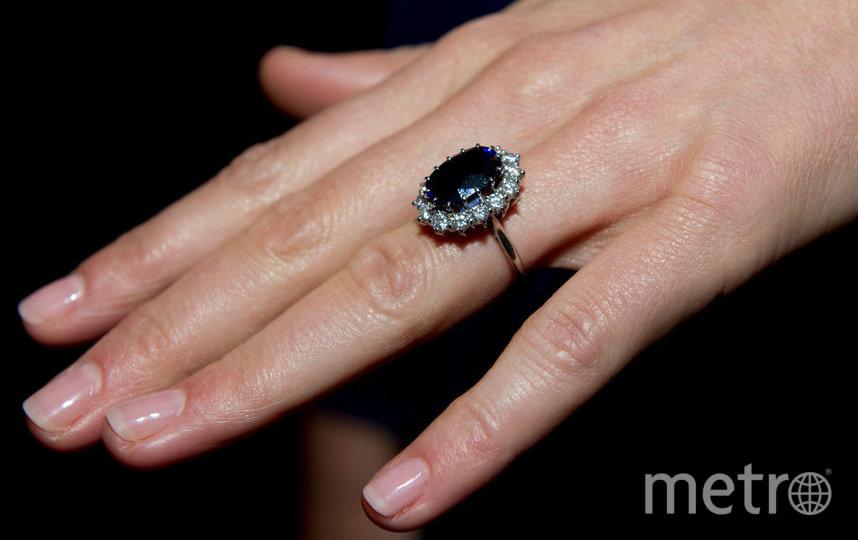 То самое помолвочное кольцо Дианы, но на руке Кейт Миддлтон. Фото Getty
