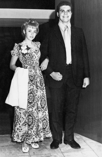 """23 декабря 1971 года, Джулиана на выпускном балу – всего за день до авиакатастрофы. Фото предоставила Juliane Diller, """"Metro"""""""