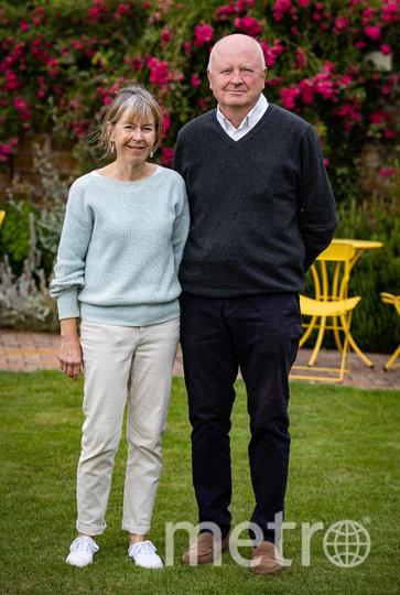 Владельцы паба The Rose and Crown pub Жаннет и Энтони Гудрич. Фото Getty