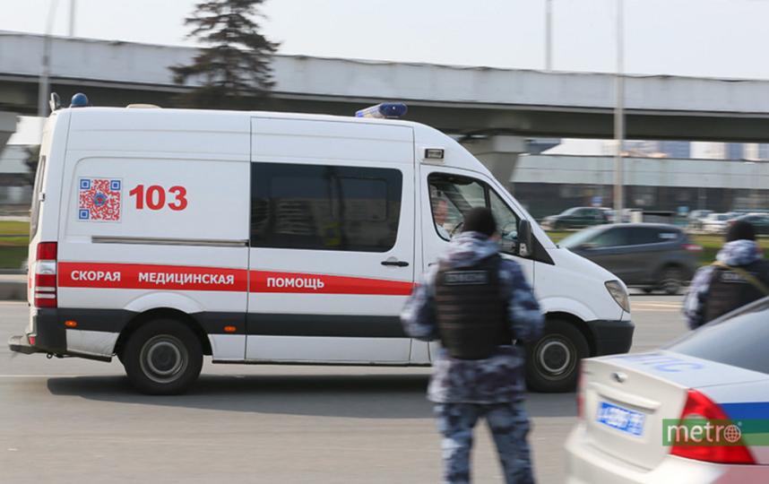 """Движение по дублеру в сторону центра было полностью перекрыто. Фото Василий Кузьмичёнок, """"Metro"""""""