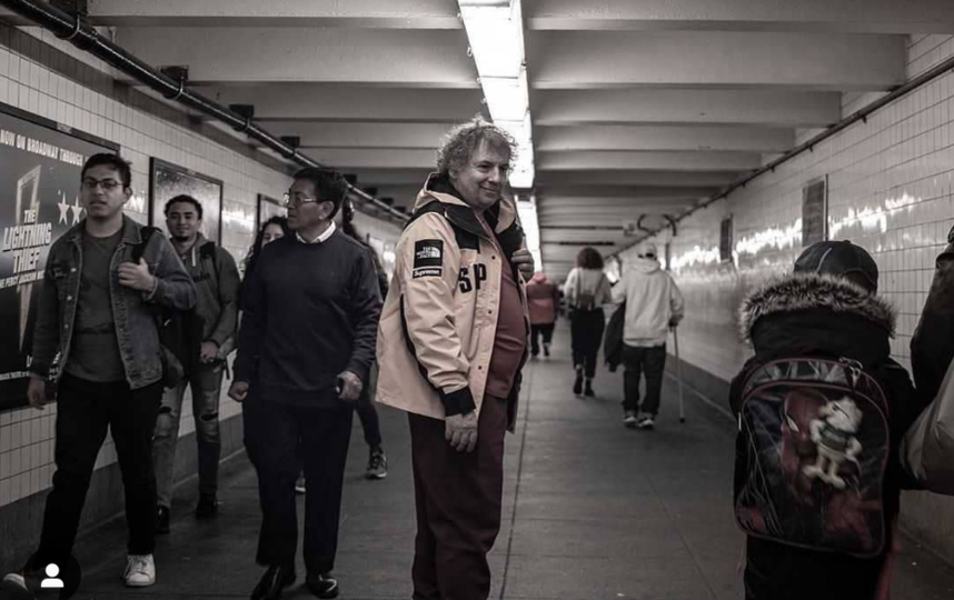 Сергей Берменьев в метро Нью-Йорка. Фото Instagram @margaritavasi