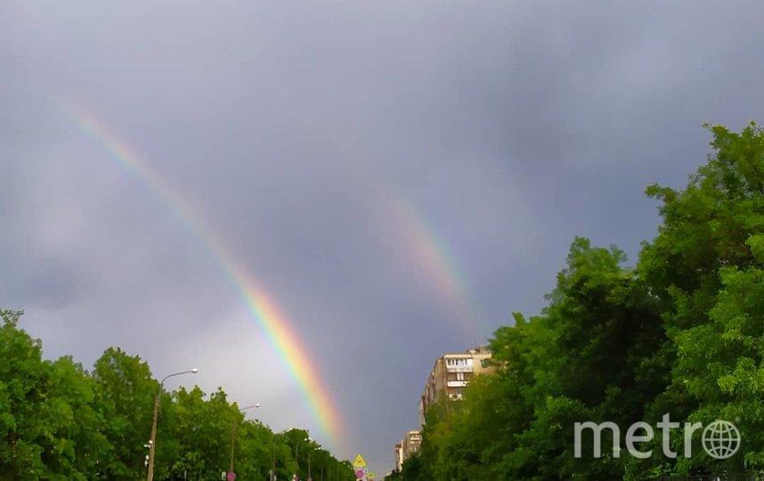 """Двойную радугу видели в Петербурге накануне. Фото https://www.instagram.com/dmitriy_domoratzkiy/, """"Metro"""""""