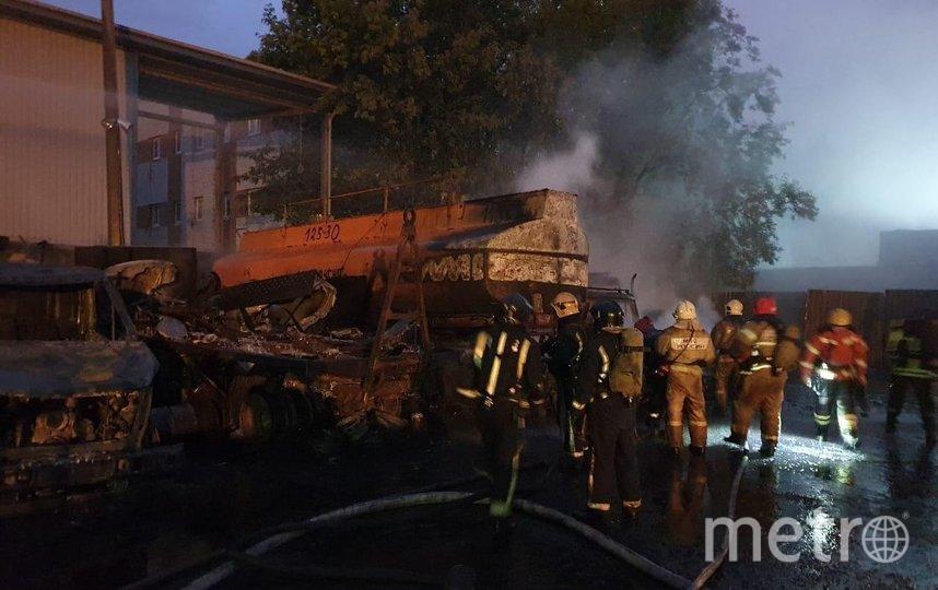 """Пожар произошел ночью. Фото 78 канал, """"Metro"""""""