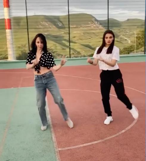Болельщики оценили танец. Фото скриншот Instagram @ liza_tuktik