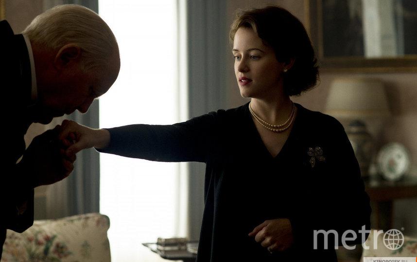 "Кадр из сериала ""Корона"". Фото Netflix, kinopoisk.ru"
