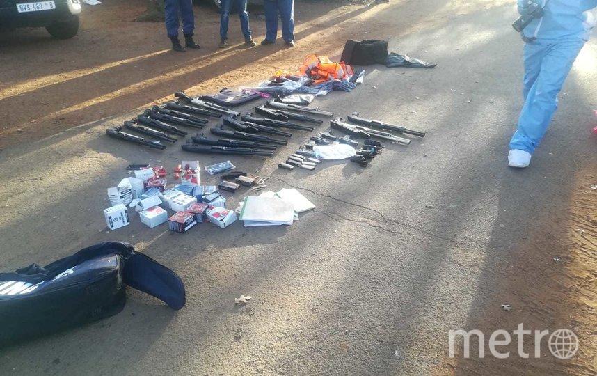 Полиция задержала 30 подозреваемых. Фото SA Police Service | Twitter