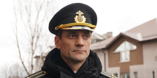 """Кадр из сериала """"Андреевский флаг""""."""