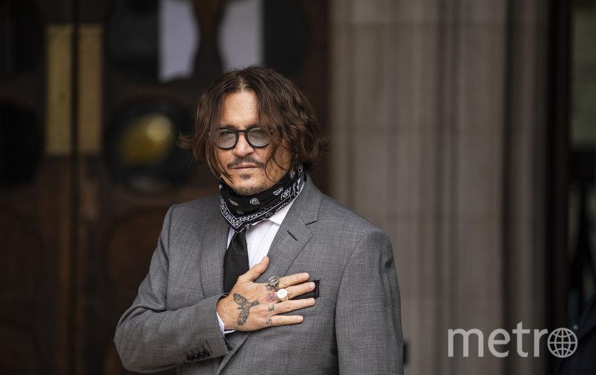 Джонни Депп у здания суда в Лондоне. Фото Getty