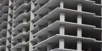 Продажи жилья в столичных новостройках в I полугодии упали на 30%, а цены выросли