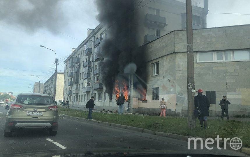 Фото с места пожара на Краснопутиловской улице в Петербурге. Фото ДТП/ЧП, vk.com