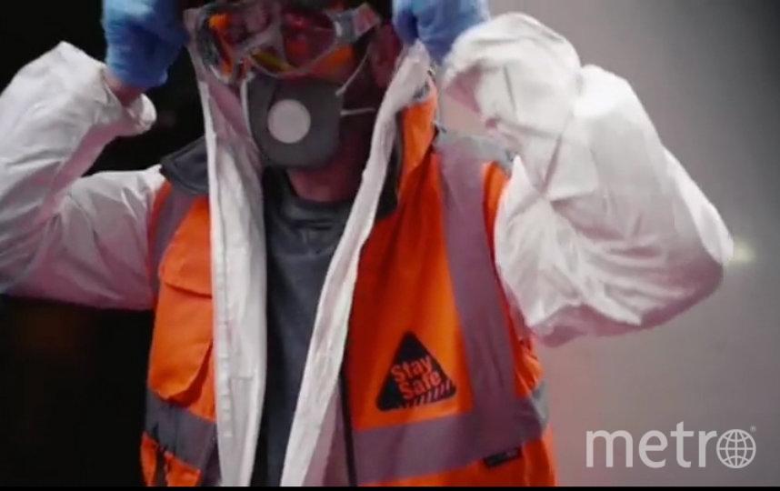 Бэнкси (на опубликованном видео действительно он) впервые показал свое лицо. Фото instagram.com/banksy/