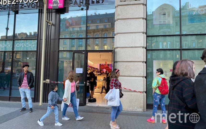 """В магазины «Галереи» теперь заходят с Лиговского проспекта. Фото Людмила Сагайдачная, """"Metro"""""""