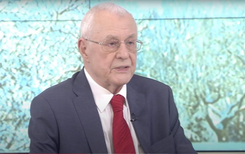 Виктор Зуев принимал участие в ликвидации вспышки оспы, эпидемии дизентерии и т. д. Фото Скриншот Youtube