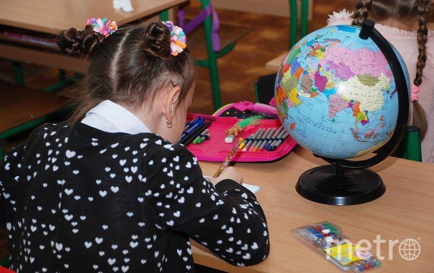 """Часть школ в Петербурге и сейчас учится по пятидневной неделе. Фото pixabay.com, """"Metro"""""""