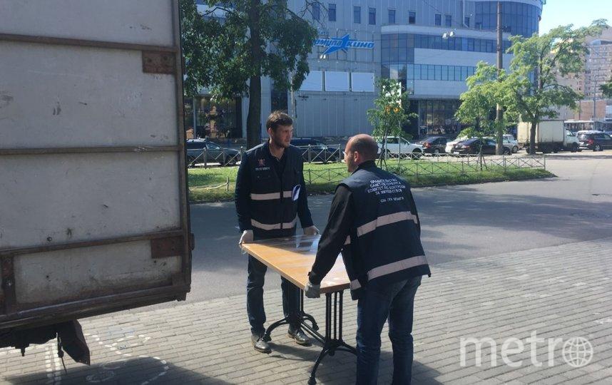 Сотрудники ККИ провели очередной рейд. Фото gov.spb.ru/gov/otrasl/kki/.