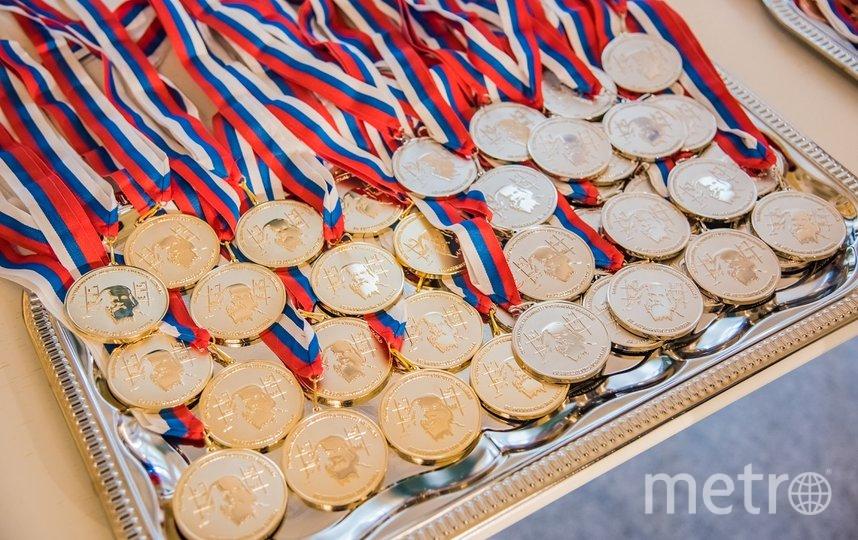 Школьник из Новосибирской области завоевал золото 54-й Международной Менделеевской олимпиады