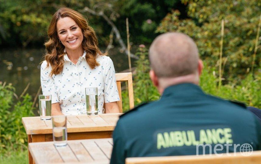 Кейт Миддлтон в летнем платье восхитила британцев. Фото Getty
