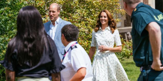 Кейт Миддлтон в летнем платье восхитила британцев.
