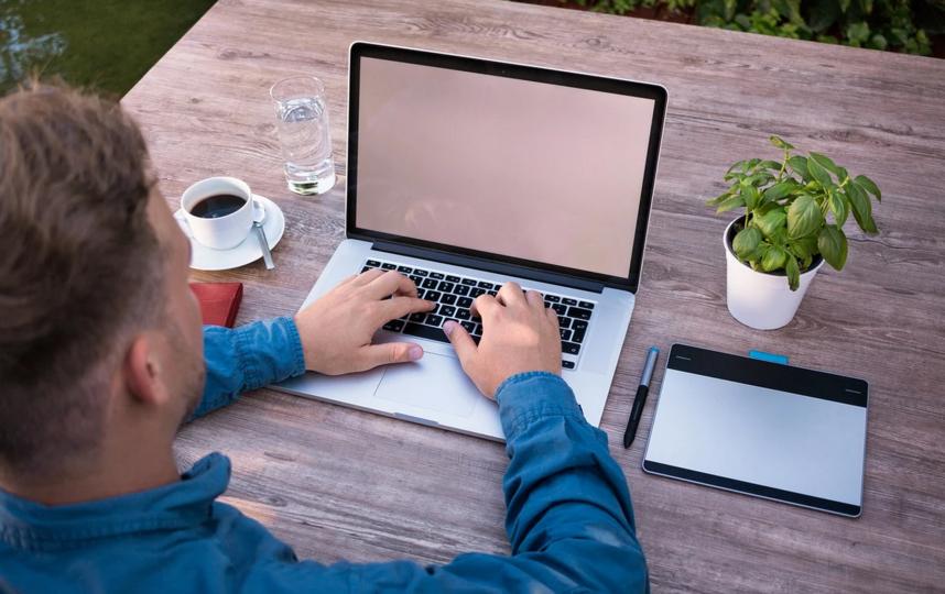 """После """"удалёнки"""" операторы пересчитывают свои тарифы. Фото Pixabay"""