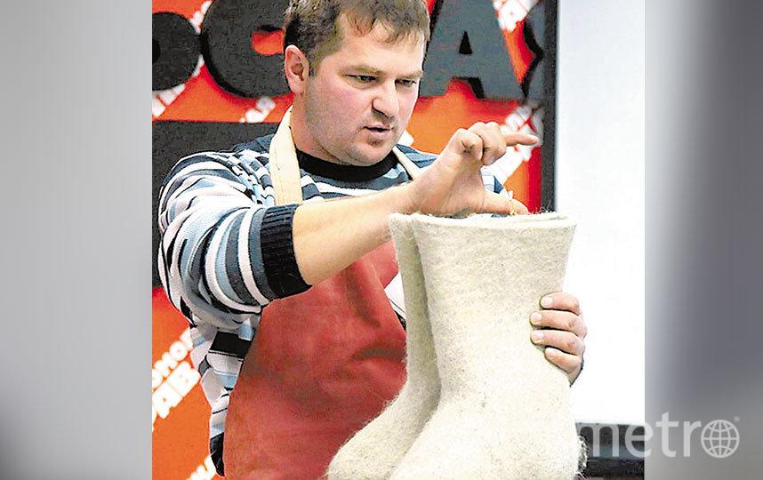С 2009 года руками мастеров и лично Ивана Лапина изготовлено более 85 тысяч пар валяных изделий разного типа.