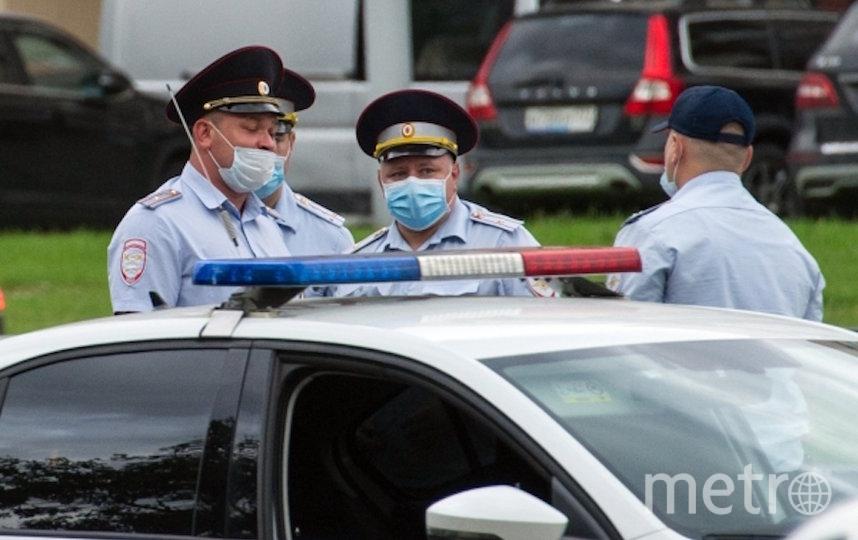 В результате оперативно-розыскных мероприятий недалеко от места происшествия оперативники задержали подозреваемого – 64-летнего москвича. Фото РИА Новости