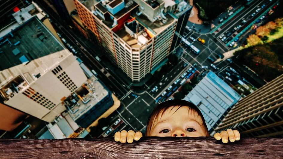 С начала этого года уже более 30 детей выпало из окон в столице. Архивное фото. Фото pixabay.com
