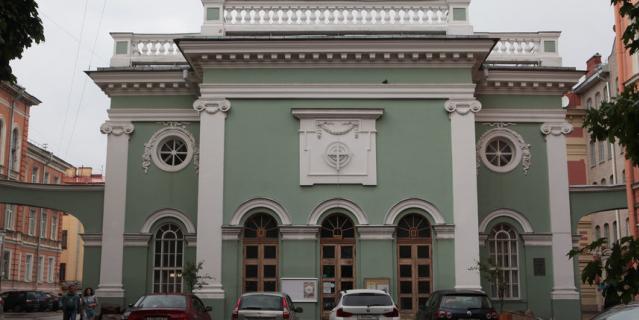 Анненкирхе в Петербурге - удивительное место.