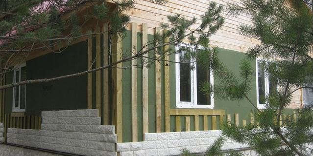 Натуральные древесноволокнистые плиты ISOPLAAT для обшивки дома снаружи под вент фасад.