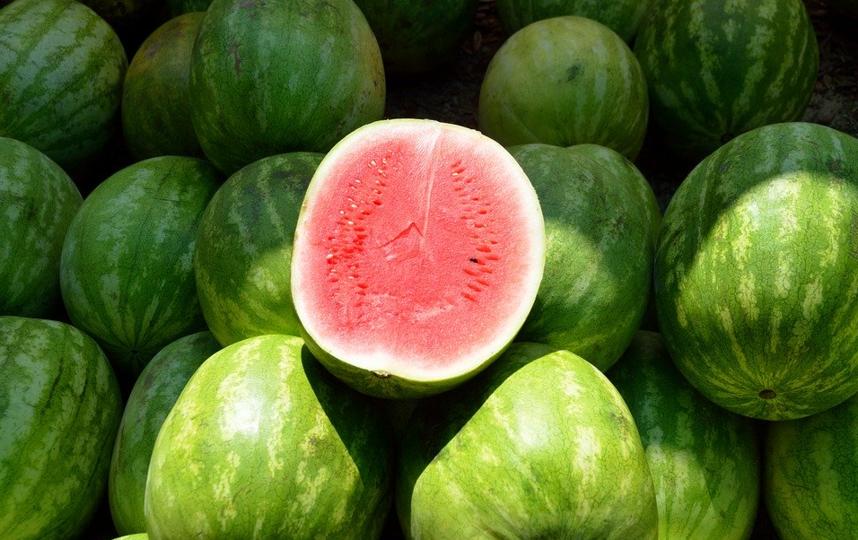 Именно в августе окончательно созревают арбузы и дыни. Главное – правильно их выбрать. Фото pixabay.com