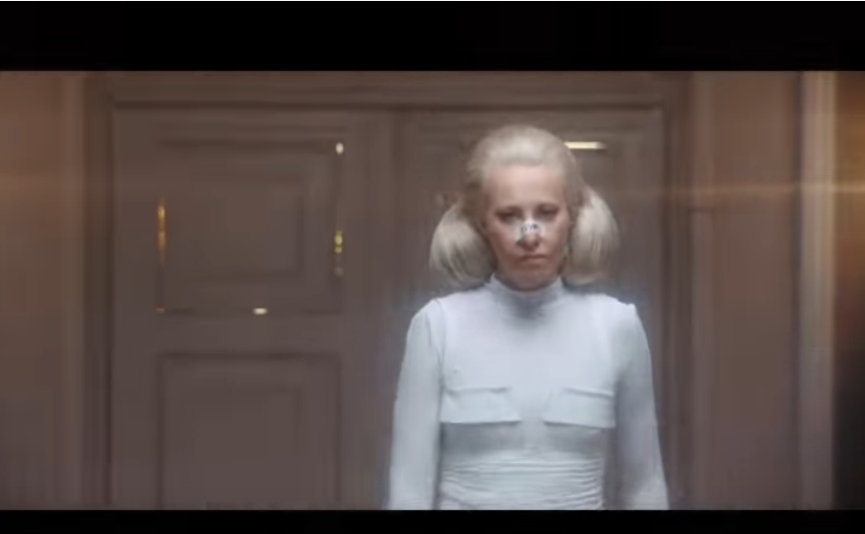 Собчак тоже участвовала в клипе. Фото Скриншот Youtube