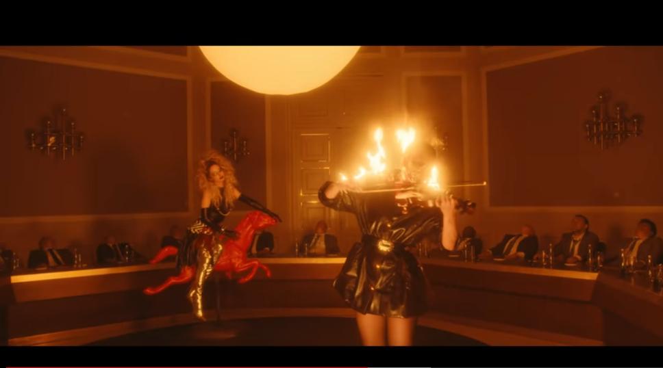 Новый клип Лободы - скриншоты видео. Фото Скриншот Youtube