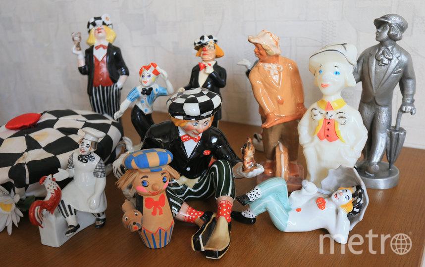 Часть коллекции Юрия Халявина с солнечным клоуном. Фото Василий Кузьмичёнок