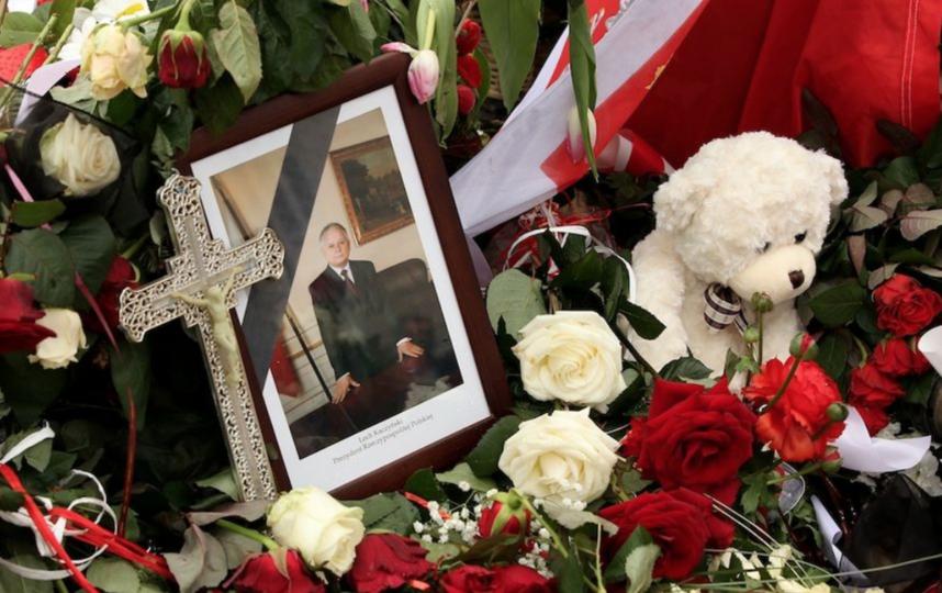 10 апреля 2010 года правительственный самолет Ту-154 президента Польши Леха Качиньского потерпел катастрофу неподалёку от Смоленска. Фото Скриншот Youtube