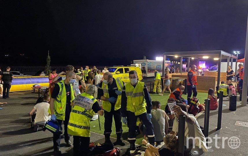 На место происшествия помимо полицейских прибыли 46 пожарных и медики. Фото lejsl.com