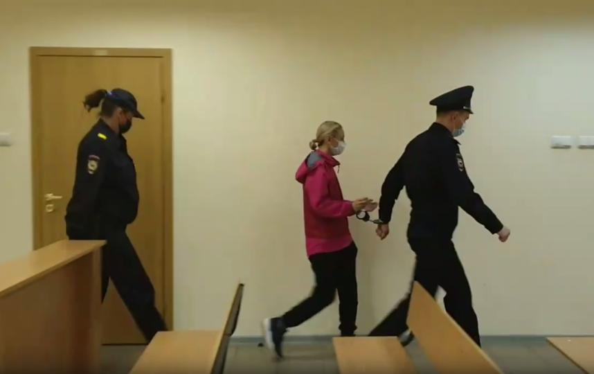 Смольнинский районный суд в субботу на 72 часа продлил срок задержания вдовы рэпера Марины Кохал, обвиняемой в его убийстве. Фото пресс-служба городских судов Петербурга