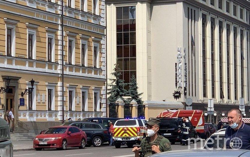 По данным правоохранителей, мужчина требовал выступления по телевидению. Фото kyiv.npu.gov.ua