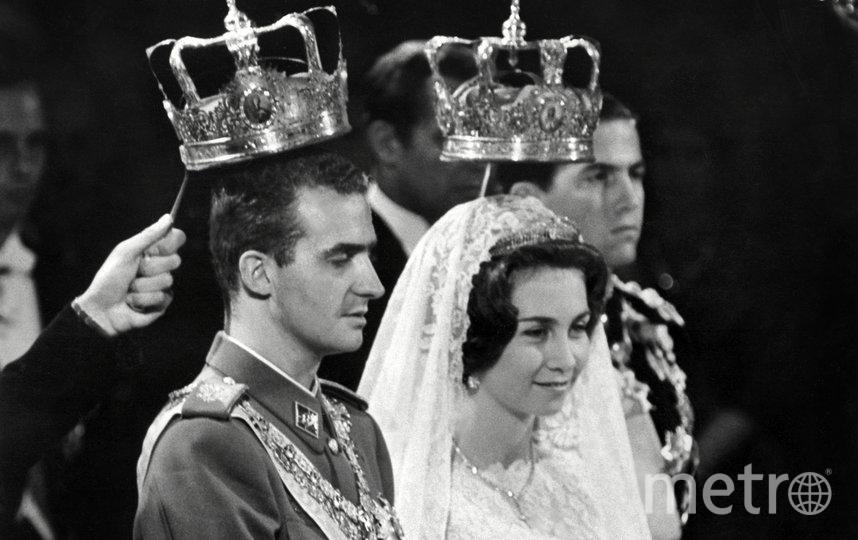 Хуан Карлос I был главой государства с 1975 по 2014 год. Хуан Карлос I и его супруга София Греческая. Архивное фото. Фото AFP