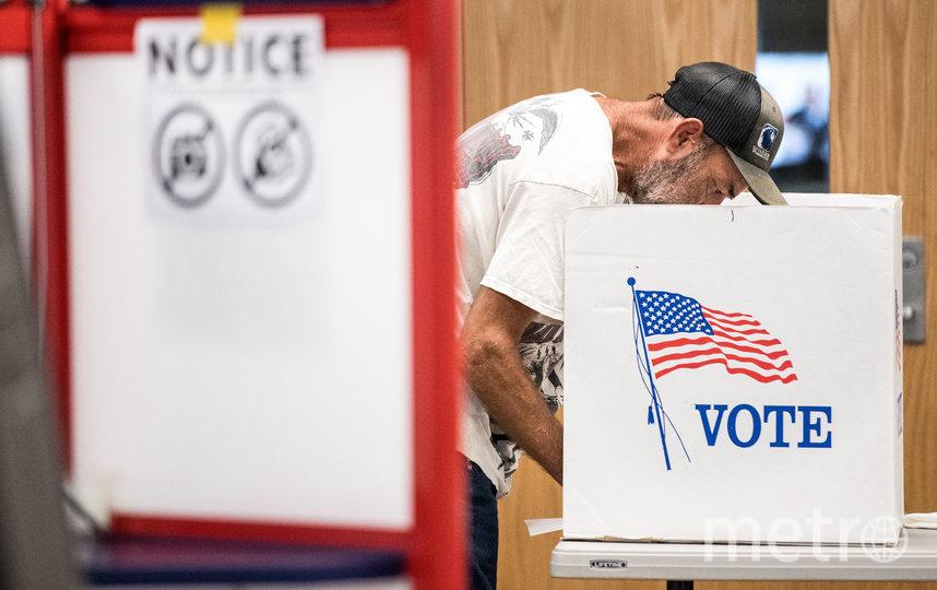 Почтовая служба США, которую могут использовать во время выборов, и так не справляется с объёмом работы из-за пандемии. Сотрудники уже заявили, что не готовы обрабатывать около 10 млн писем с голосами. Фото Getty