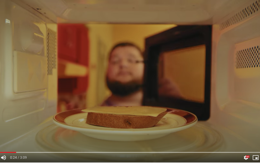Отрывок из клипа Tacos. Фото скриншот https://www.youtube.com/watch?v=nUwTnJ8yFXY&feature=youtu.be