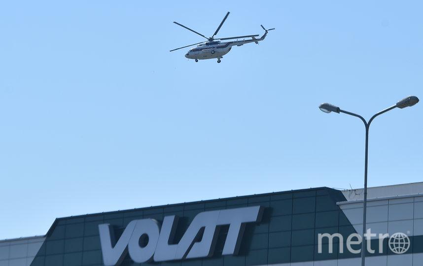 На завод глава республики прилетел на вертолёте. Фото AFP